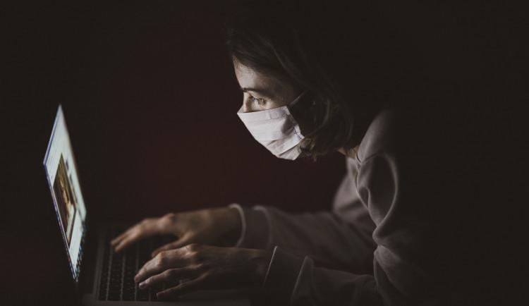 Olomouc zprovoznila informační web o koronaviru. Existuje i mobilní aplikace