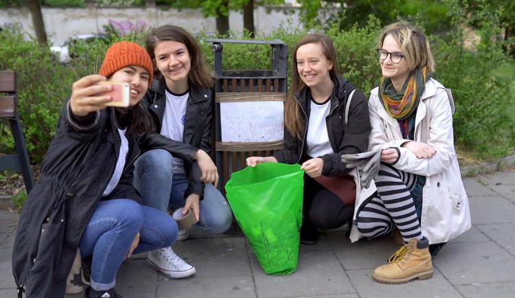 Den Země se blíží. Projekt Jednoho světa na školách šíří osvětu ohledně redukce odpadu