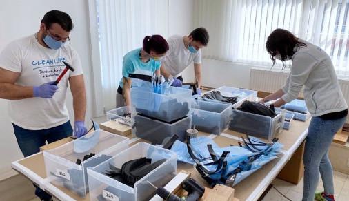 Na Jesenicku probíhá sbírka, firma zdarma rozdá dezinfekce a ochranné štíty