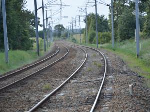 Rychlost vlaků na trati u Prosenic mají zvýšit moderní výhybky