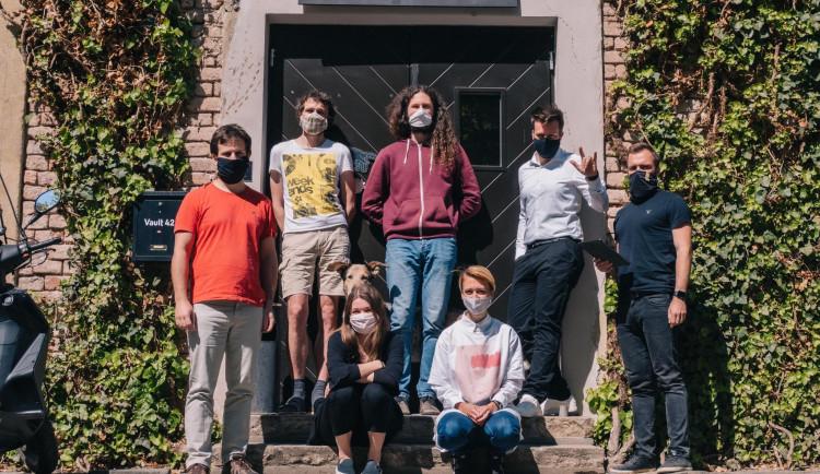 Coworkingové centrum Vault 42 znovu otevírá své brány. Freelanceři již nemusí pracovat z domu