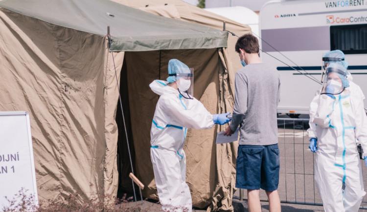 Výsledky plošného testování. Téměř 27 tisíc testovaných, 107 pozitivních případů nákazy koronavirem