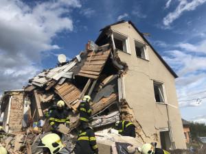 Policie ukončila vyšetřování výbuchu v Mostkovicích, odložila ho