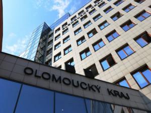 Olomoucký kraj letos čeká osmisetmilionový propad příjmů