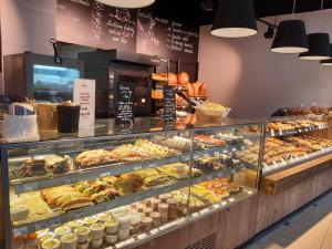 Na svačinku po celý den. Matějovo pekařství otevřelo v Olomouci novou pobočku