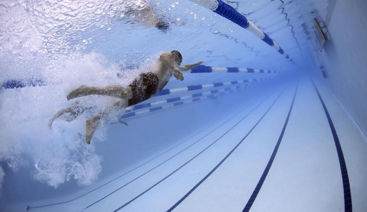Přerovský krytý bazén se otevřel veřejnosti. Zatím bez wellness části