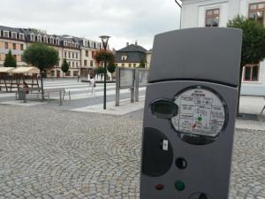 V Jeseníku během léta vymění poruchové a zastaralé parkovací automaty