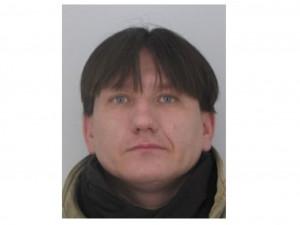 Policie žádá o spolupráci při pátrání po hledaném muži. Zejména vokrese Olomouc a Přerov
