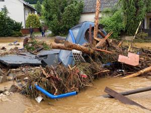Obec Šumvald na Uničovsku je kvůli odstraňování následků povodní uzavřená