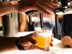 Absurditou roku 2020 je podle podnikatelů trojí sazba DPH na pivo