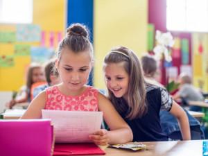 Řada škol v Olomouckém kraji rozdala žákům vysvědčení už dnes