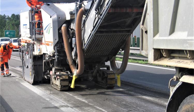 Na dálnici směrem na Vyškov jsou závěrem týdne naplánované opravy výmolů a výtluků