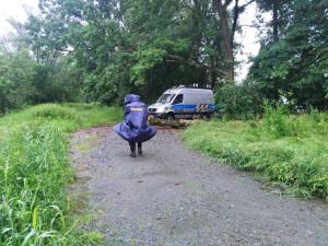 Opilý vodák se vydal na rozvodněnou Moravu a strhl jej proud, patrá po něm policie