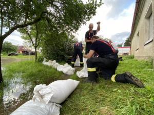 Třebůvka v Lošticích dosáhla třetího povodňového stupně