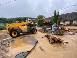 Krajská sbírka na pomoci zaplaveným obcím zatím vynesla milion