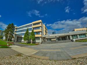 Právnická fakulta Univerzity Palackého v Olomouci pomůže kolegům v Sarajevu