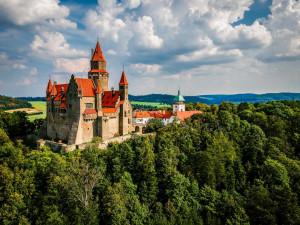 Většina Čechů hodlá svou dovolenou trávit v Česku. Hlavně na jihu Moravy a Čech