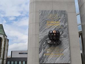 Filozofa Edmunda Husserla připomíná v rodném Prostějově pamětní deska