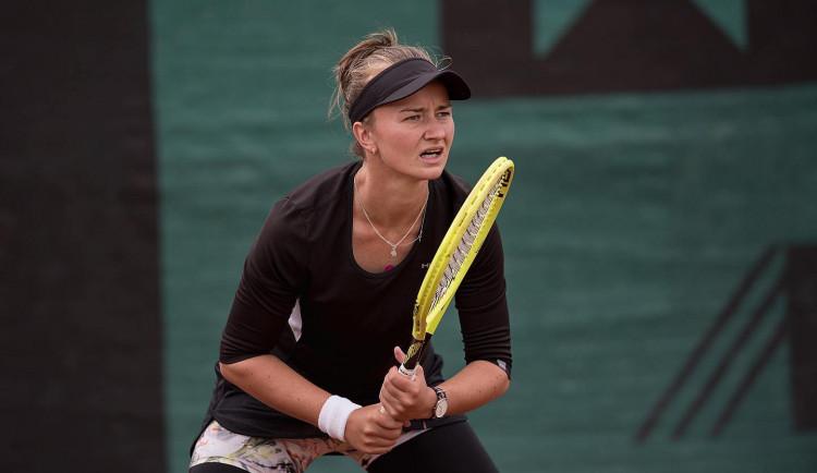 Tenistka Barbora Krejčíková slaví titul, navzdory zablokovanému krku vyhrála turnaj v Prostějově