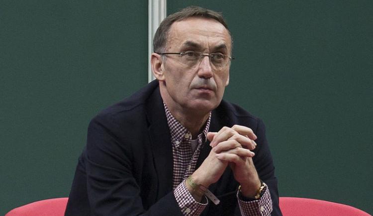 Olomoucký podnikatel Kyselý policistům ovlivňování spisů popřel. K soudu se ani dnes nedostavil