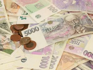 Finanční správa začne v pátek vyplácet kompenzační bonus tzv. dohodářům