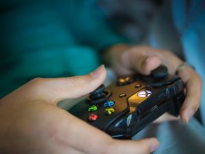Své životní úspory můžete utopit i za hry, které se tváří, že jsou zdarma