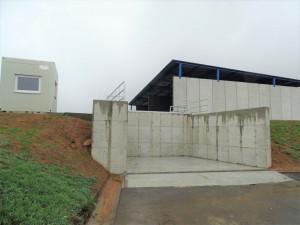 Nová kompostárna vŽeravicích zpracuje až pět tisíc tun bioodpadu ročně. Její stavba stála přes 13 miliónů