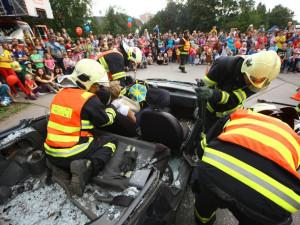 Policie, hasiči, a záchranáři představí svou práci dětem v rámci zábavné akce