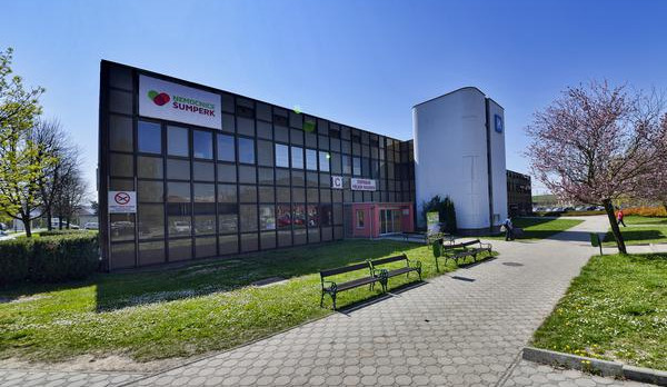 Nemocnice Šumperk posílila odběrové místo na koronavirus. Testuje se třikrát víc