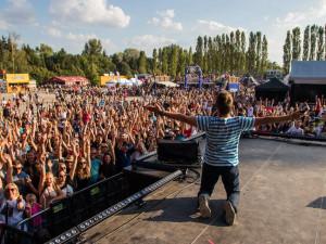 Olomoucký Mini Létofest letos přiveze Marka Ztraceného a Mirai. Sobota bude patřit regionálním kapelám