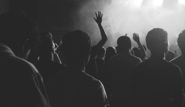Zástupci hudebních klubů vnímají vládní opatření jako likvidační