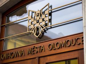Olomoucké knihovny zatím provoz neomezují. Program plánovaných akcí se ale může měnit