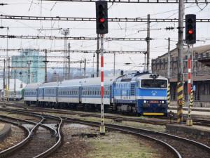Cestující dále ubývají. České Dráhy ruší některé spoje jedoucí i přes Olomouc