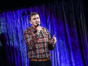 Moravské divadlo v sobotu uvede speciální stand-up comedy Ještě můžeme!