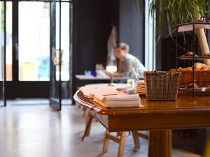 Nová omezení pro restaurace a kavárny. Jak si se současnou situací poradí podniky v Olomouci?