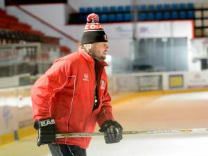 Omezení zasáhla i sportovní kluby. Je to hrůza, řekl trenér hokejové Olomouce