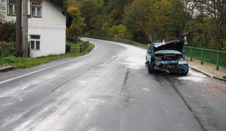Senior po nehodě ve Felicii tvrdil, že žádný alkohol nepil. Test prokázal opak