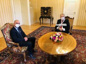 Prezident Miloš Zeman dnes jmenuje Jana Blatného novým ministrem zdravotnictví