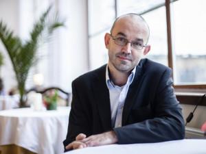 Strach z viru je potřeba přeměnit v respekt, řekl Jan Blatný, nový ministr zdravotnictví