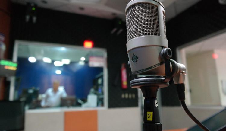 Regionální Radio Rubi nečekaně končí. V pátek vysílalo naposledy