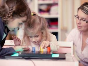 Společnost pro ranou péči v živém vysílání otevře novou multisenzorickou místnost pro děti
