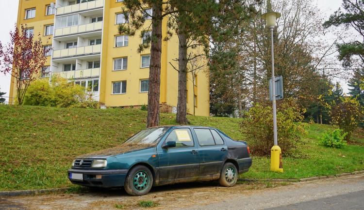Ze Zábřehu mizí z ulic odstavené vraky