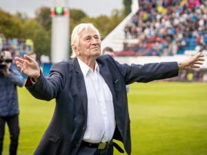 Legenda olomouckého i českého fotbalu Karel Brückner slaví 81. narozeniny