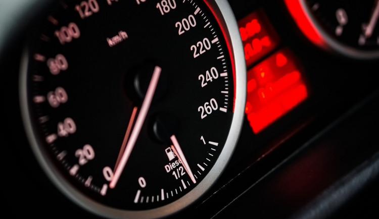 Autoškoly považují za nesmysl povolení závěrečných zkoušek bez možnosti jízd