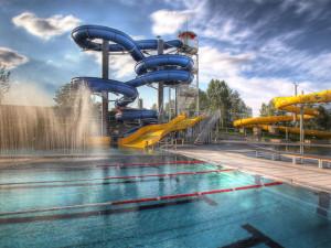 Ve venkovním areálu olomouckého Aquaparku na jaře vznikne moderní 3D bludiště