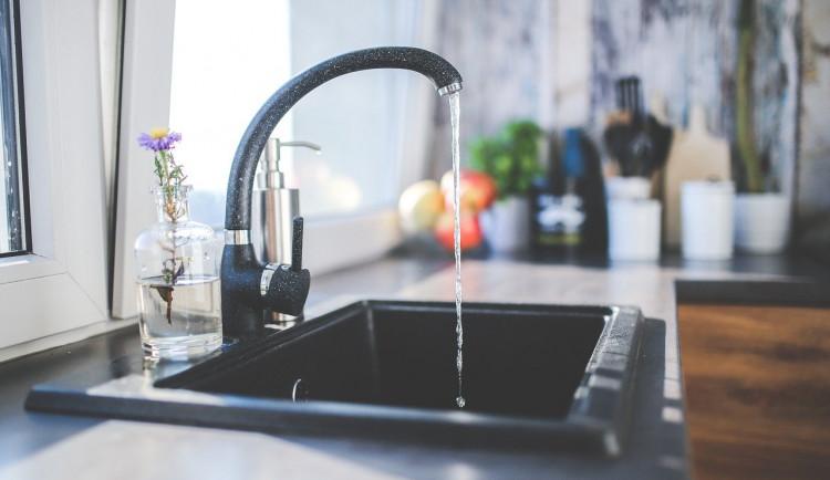 PŘEHLED: Jaká bude v příštím roce cena vody na Olomoucku