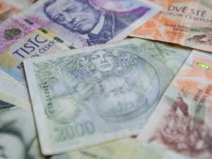 OSVČ by měly kromě kompenzačního bonusu dostat také peníze z programu Antivirus