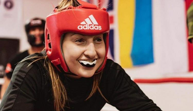 (NE)OBYČEJNÍ: Jsem výbušná, tvrdí boxerka Tótová. Zápasy v ringu dostala k narozeninám