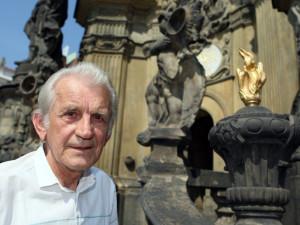 Olomouckému historikovi Tichákovi vyšla poslední kniha o dějinách města