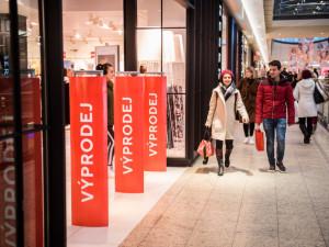Až dvojnásobné tržby hlásí prodejci za třetí adventní víkend